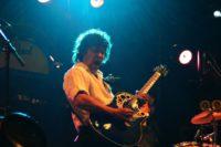 Zanger gitarist Ben Blue solo. De beste live muziek voor elk feest of evenement huur je bij Ben's Bookings.