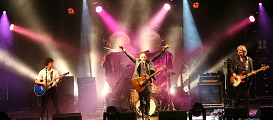 K'BAM! De akoestische rockband . live muziek huren? De akoestische rockband. Een feestband met Engelstalige covers.