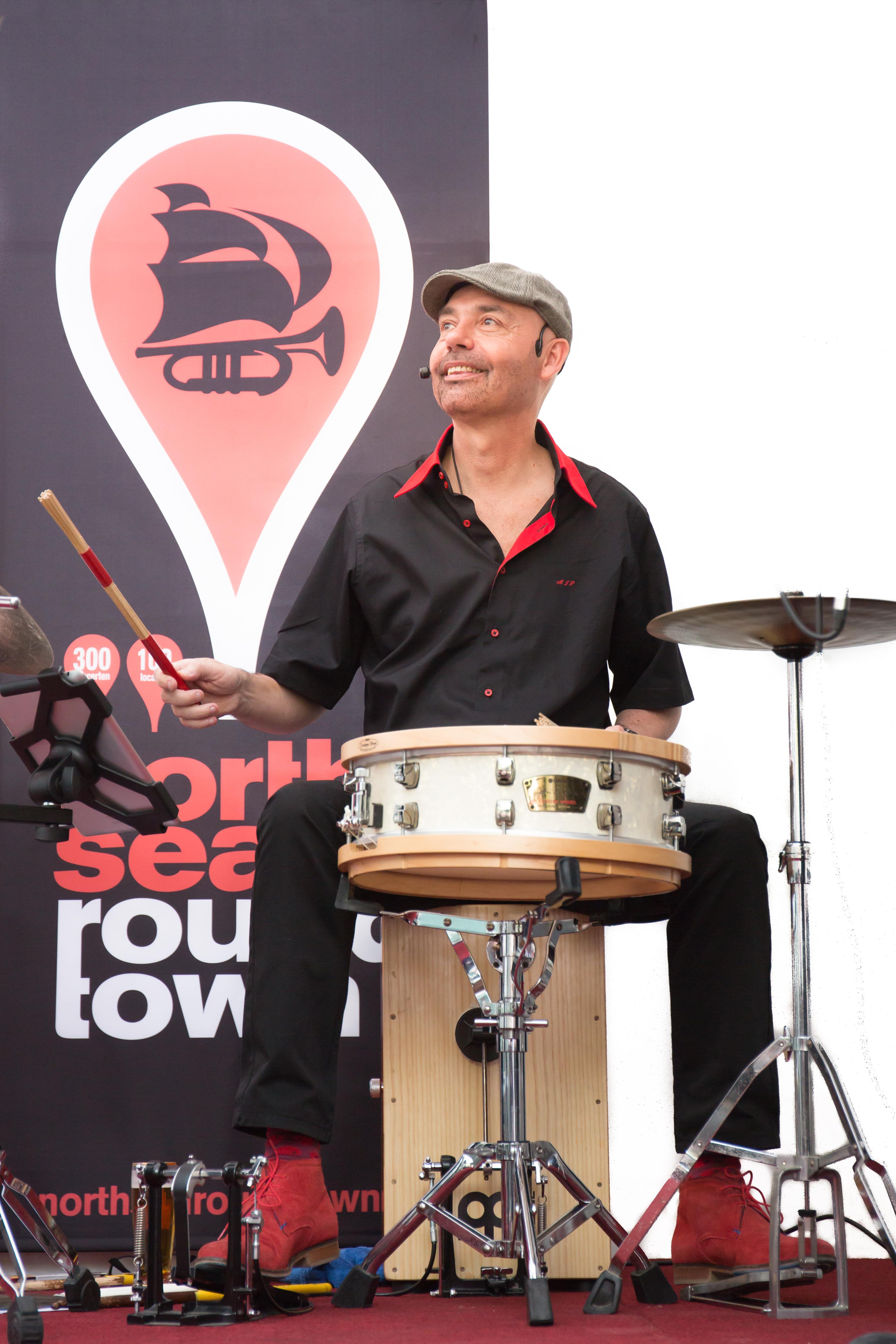 Jazz drummer Onno Roell. band boeken voor een trouwerij? Ben's Bookings heeft live muziek voor je feest, bruiloft, café, receptie of ander evenement.