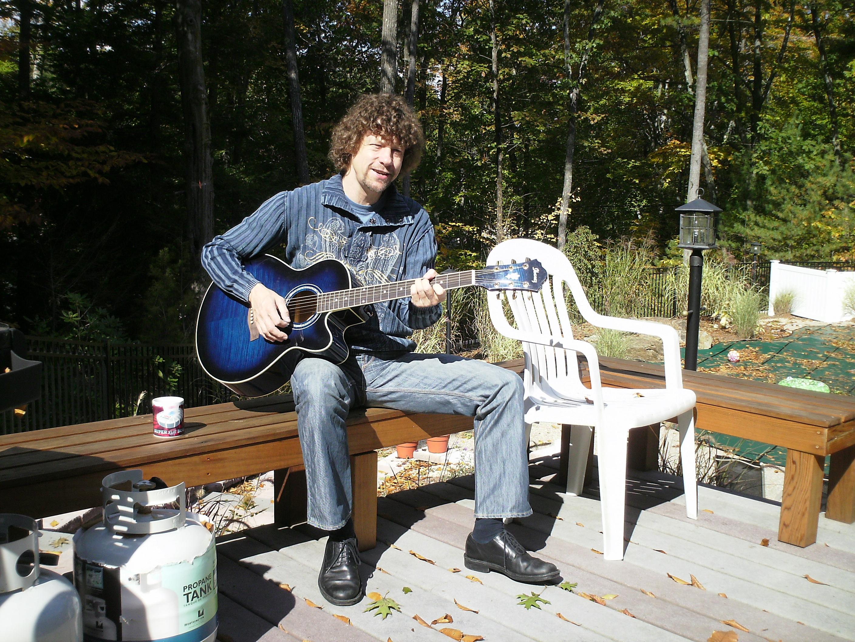 Gitarist zanger Ben Blue solo in Bolton, MA. band gezocht voor tuinfeest? Wij hebben een zanger gitarist, akoestisch duo, een feestband, jazz combo en een bluesrock powertrio.