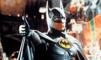 Batman thumbs up. live muziek gezocht voor thuis? Batman geeft een dikke duim aan de live muziek van Big Bucks & Easy Money en K'BAM! de akoestische rockband. Superhelden op elk feest.