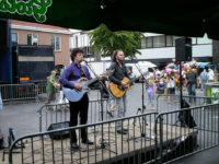 Akoestisch duo Big Bucks & Easy Money. Live muziek voor braderie, kermis of festival gezocht? Akoestisch duo Big Bucks & Easy Money.