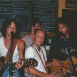 Big Bucks & Easy Money en de Enge Buren. live muziek boeken voor een verjaardag? Feestmuziek van Noord-Holland tot Gelderland en van Brabant tot Drenthe. Huur een band bij Ben's Bookings.