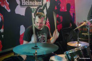 Drummer Joeri Rook. band gezocht? Ben's Bookings heeft live muziek voor je feest, bruiloft, café, receptie of ander evenement.