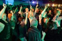 Publiek bij K'BAM! De akoestische rockband. Live muziek, bands of artiesten gevraagd? Ben's bookings.