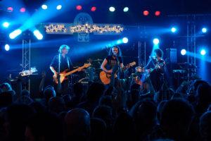 Live band K'BAM! voor je feest of bruiloft. bandje boeken? Leuke live muziek voor elk feest bij Ben's Bookings.